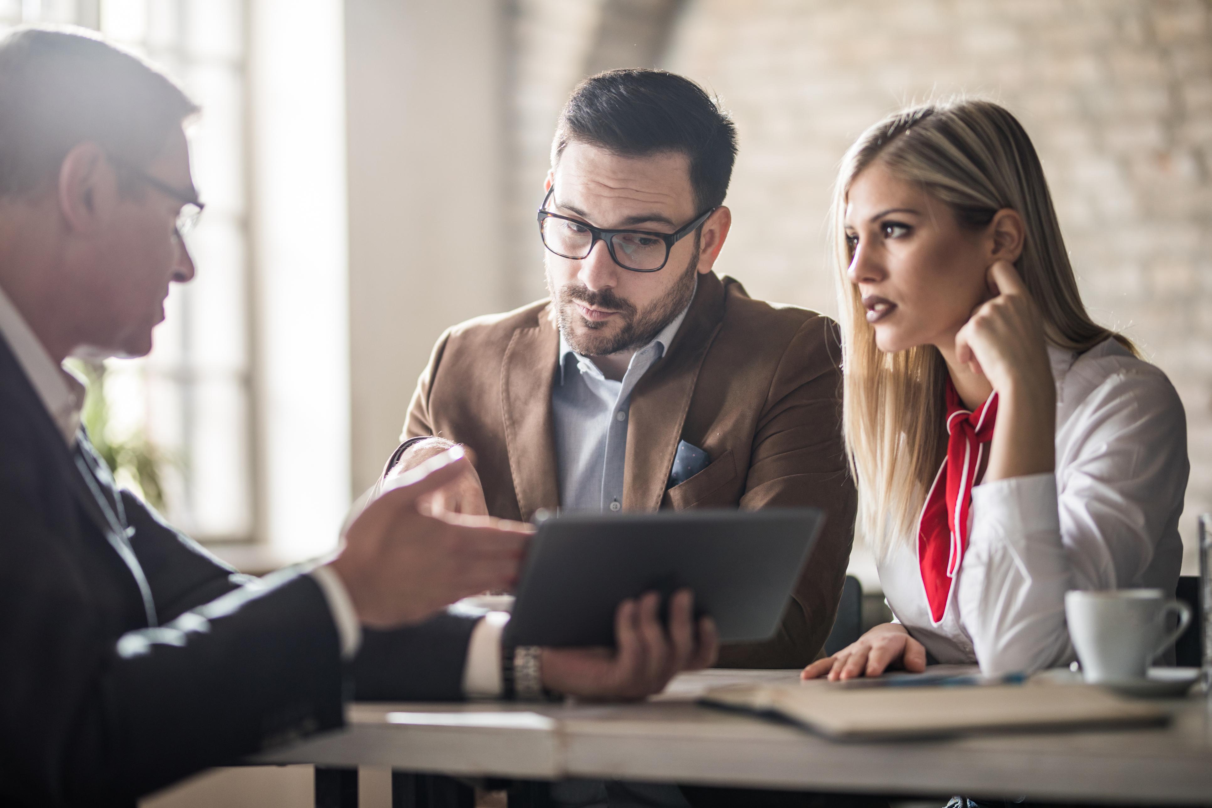 Vale a pena ou não recorrer a um empréstimo pessoal para organizar sua vida financeira?