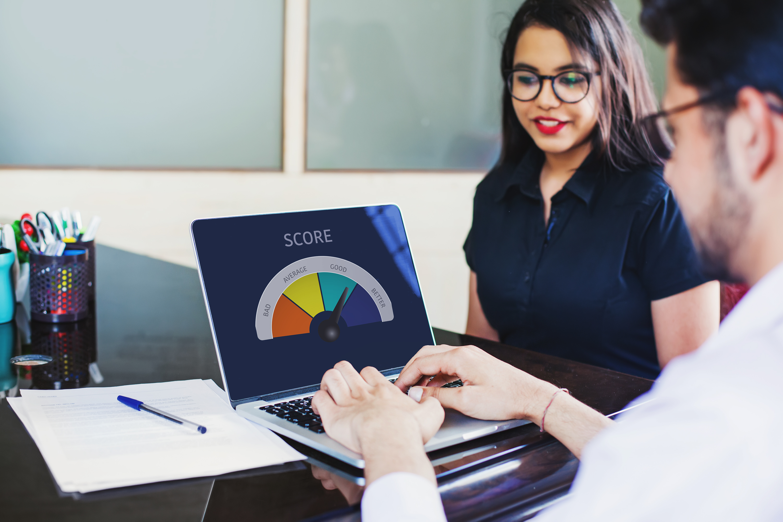 Os principais motivos que fazem o seu score de crédito diminuir